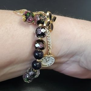 Sparkly beaded bracelet with roses